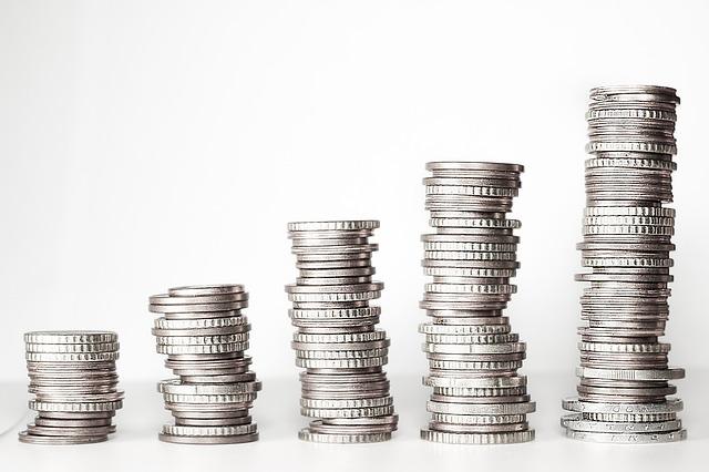 věže mincí