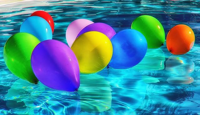balonky nad hladinou